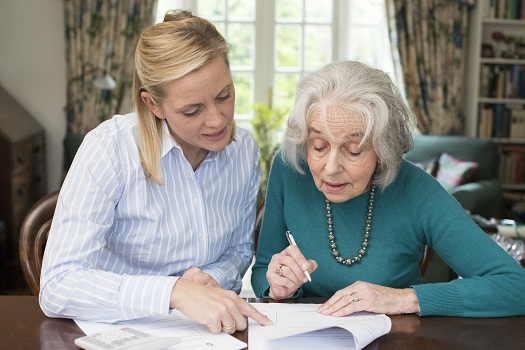 Ways to Handle an Elderly Loved One's Finances in Addison, TX